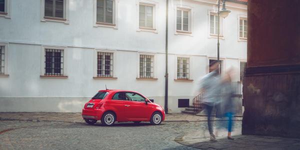 Fiat 500, spacer po Warszawie.