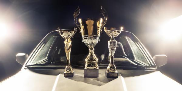 Król wyścigów równoległych - BMW E30 335d