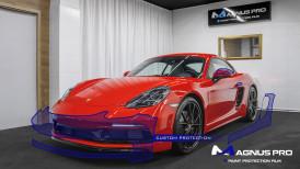 Porsche 718 Cayman zabezpieczone folią ochronną Magnus Pro®