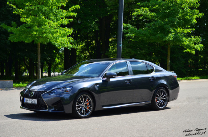 Test Lexusa GS F