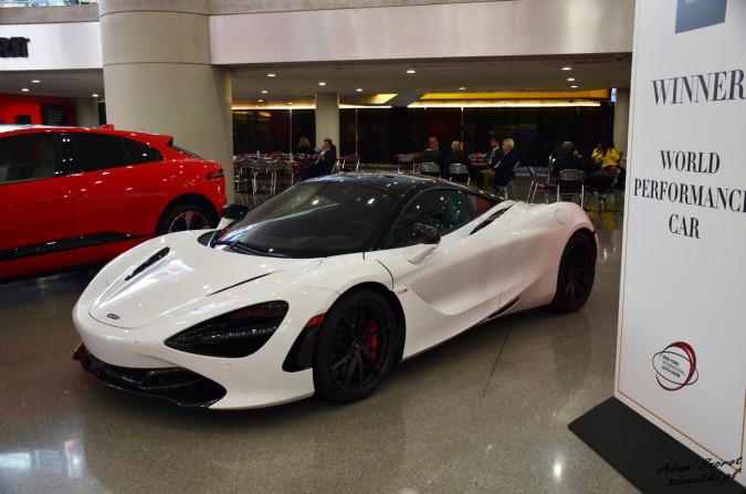 World Performance Car - McLaren 720S