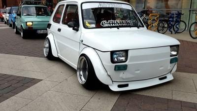 Zlot Maluchów - 19 lat od zakończenia produkcji Fiata 126p Manufaktura Motodrom Łódź