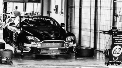 Aston Martin GT4