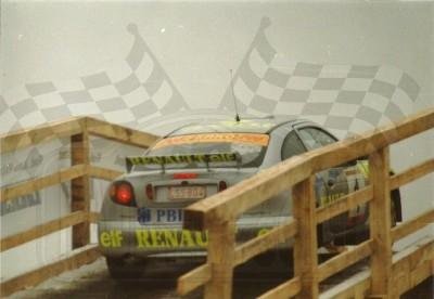 35. Janusz Kulig i Jarosław Baran - Renault Megane Maxi.   (To zdjęcie w pełnej rozdzielczości możesz kupić na www.kwa-kwa.pl )