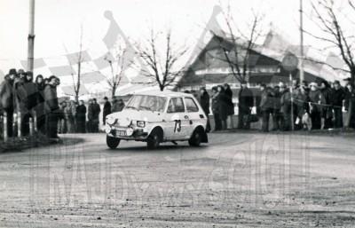 Wojciech Gołębiowski i Jerzy Szulc - Polski Fiat 126p. To zdjęcie w pełnej rozdzielczości możesz kupić na http://kwa-kwa.pl